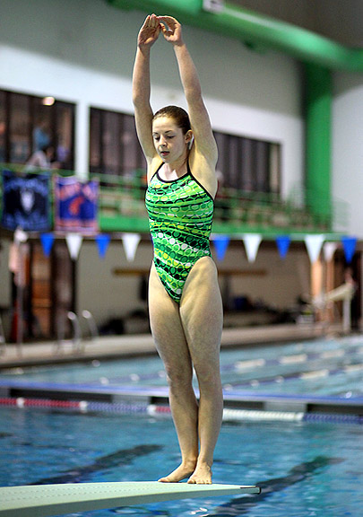 Wj 39 S Kastler Wootton 39 S Lesser Win County Diving Title
